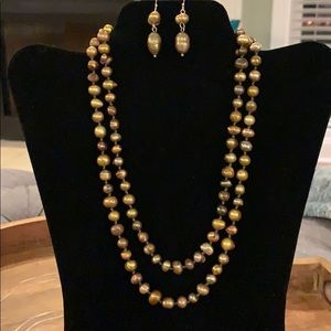 WHBM pearl necklace and earring set
